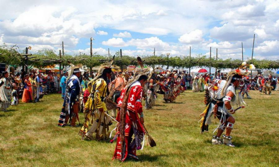 Palacio-de-Marquesa-Taos-New-Mexico-Taos-PowWow_resize.jpg