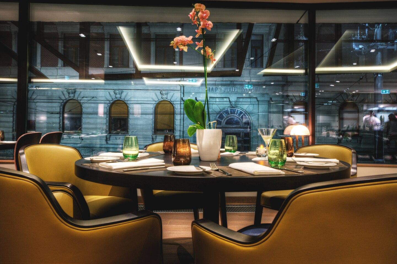 begcy-restaurant-0018-hor-clsc.jpg