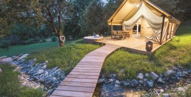 Glamping – a global trend for nomad tourists